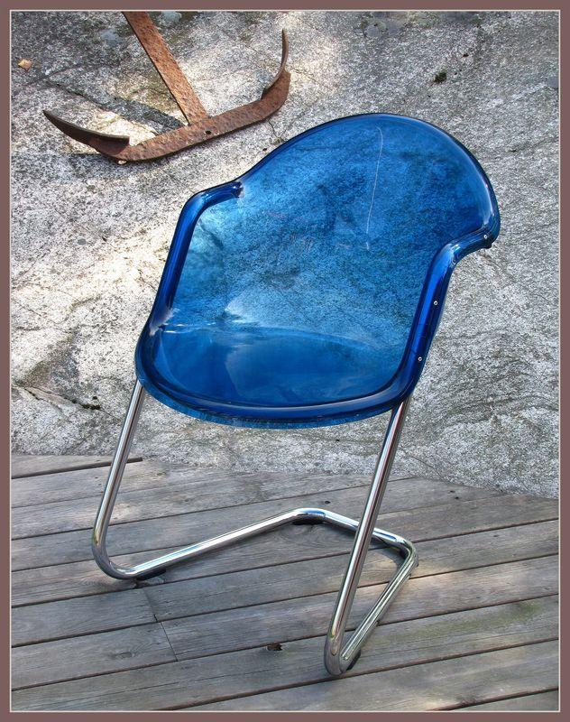 Chair no:419 , designed by Yrjö Kukkapuro for HAIMI.