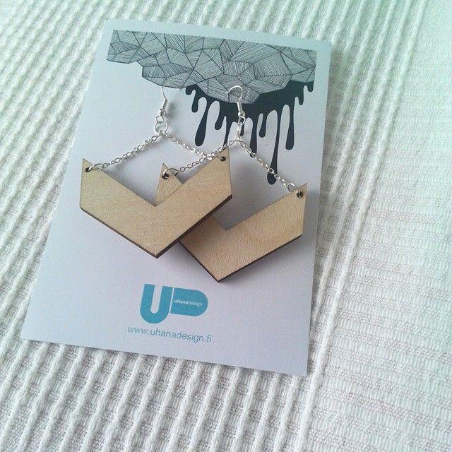 Uhana design finnish design wood earrings