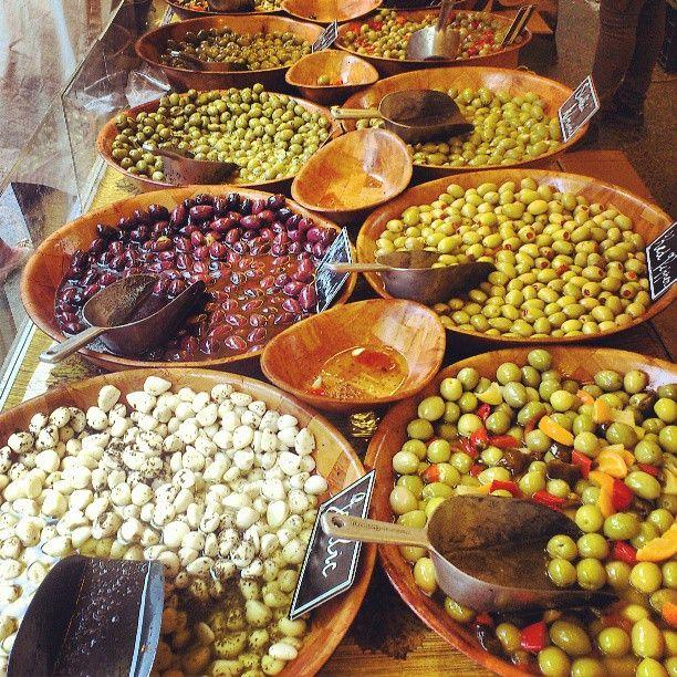"""@annsisilie's photo: """"Oliven, oliven, oliven!"""""""