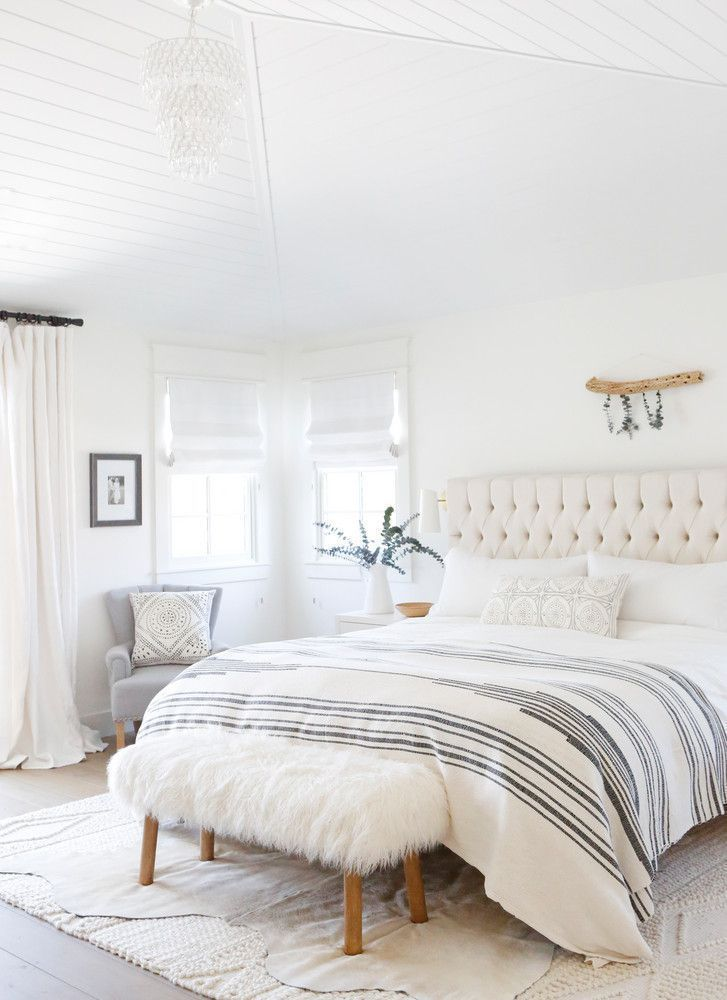 Modern Farmhouse Style Incorporates The Conventional With The Brand New Makes Any Kind Of Area Ver Home Decor Bedroom Bedroom Interior Modern Farmhouse Bedroom