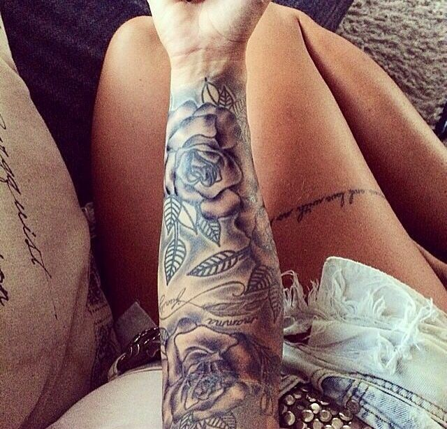 61 best images about tattoo thigh on pinterest feathers fonts and black roses. Black Bedroom Furniture Sets. Home Design Ideas