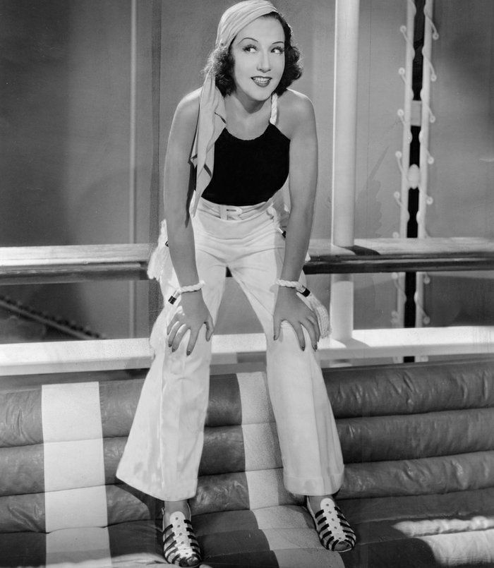 November 21, 1934: The original production of ANYTHING GOES, starring Ethel Merman as Reno Sweeney, opens at the Alvin Theatre