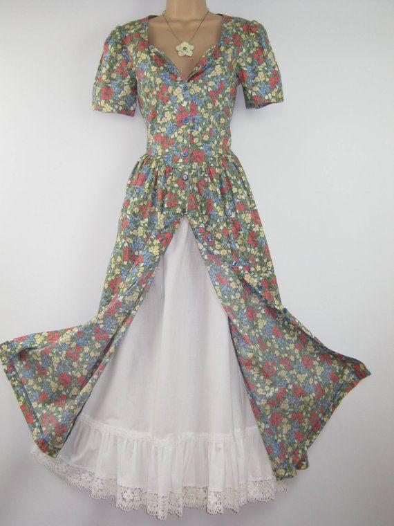 die besten 20 tea dresses uk ideen auf pinterest 40iger kleid 40s mode und 1940er stil. Black Bedroom Furniture Sets. Home Design Ideas