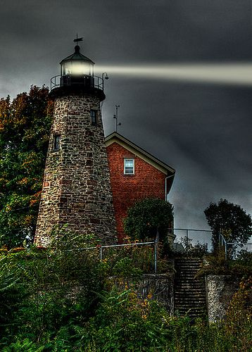Charlotte-Genessee Lighthouse Explored Oct. 25, 2008