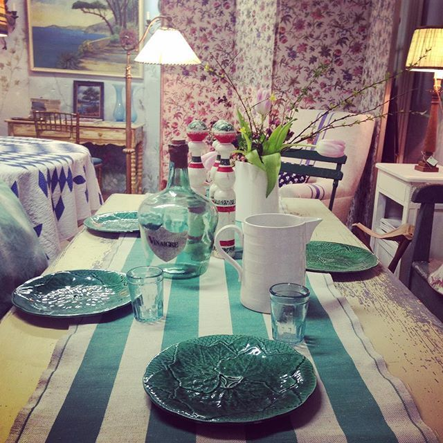GREEN #green #stripes #antique #brocante #vintage #collector #collettino #milano #showroom #solocosebelle #enricastabile #solamentegiovedi #lutileeildilettevole