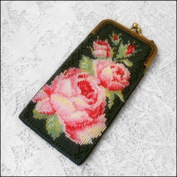 Очечник из бисера Розовое чудо | biser.info - всё о бисере и бисерном творчестве