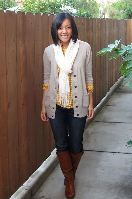 easy uniformColors Combos, Grey And Yellow Fall Outfit, Yellow Plaid Shirts Outfit, White Scarf, Wear Scarves With Cardigans, Cute Outfit, Fall Styles, Boots Outfit, Yellow And Grey Outfit