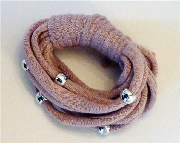Putty bracelet with silver beads (13B)