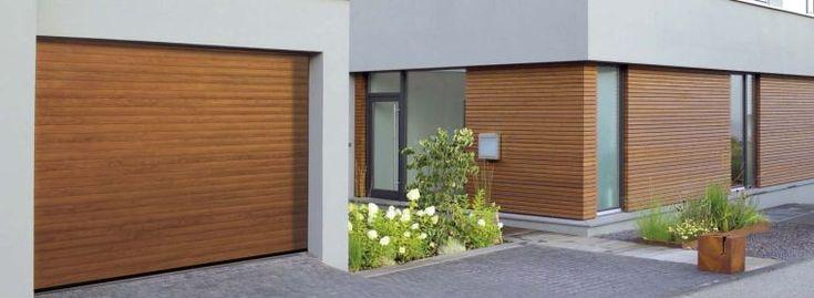 porte de garage enroulable automatique avec finition bois