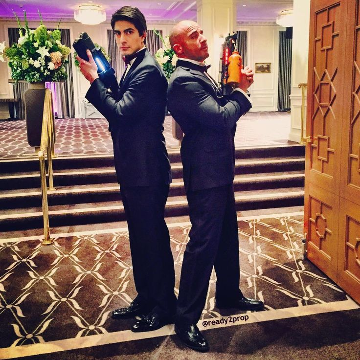 Legends Of Tomorrow - Brandon Routh and Dominic Purcell