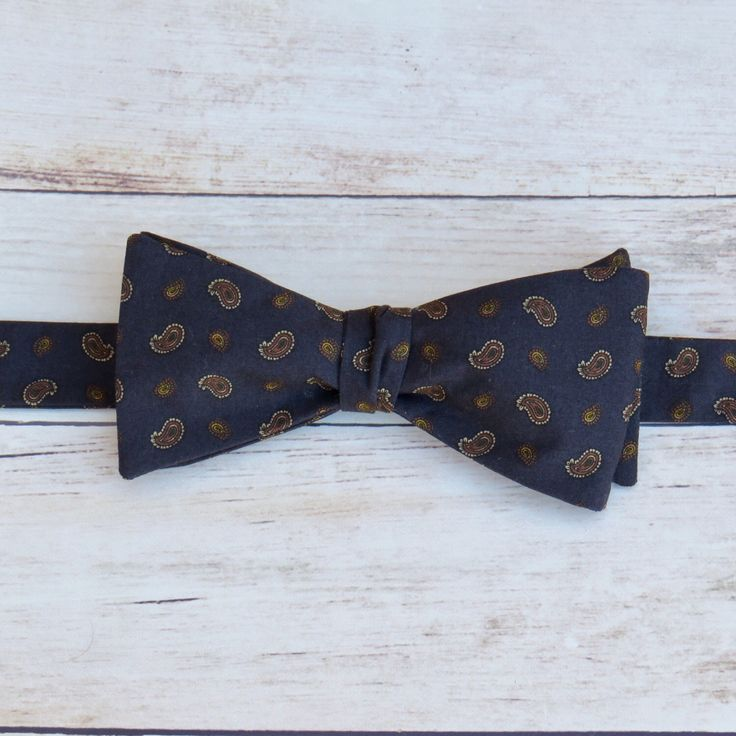 Men Bow Tie   Self Tie Bow Tie   Cotton Bow Tie   Adjustable Strap Bow Tie   Navy Blue Paisley Bow Tie   Boy Kid Bow Tie   Vintage Bow Tie by SuperBowDesign on Etsy https://www.etsy.com/uk/listing/487006851/men-bow-tie-self-tie-bow-tie-cotton-bow