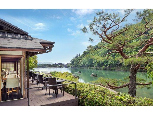 京都府嵐山/カフェ「茶寮 八翠」。