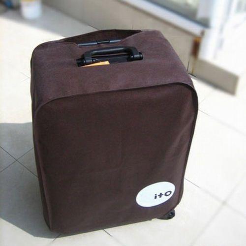 Чехол для чемодана изготовлен из водоотталкивающей ткани и надежно защитит ваш чемодан и содержимое чемодана от пыли,  осадков, грязи механических царапин. Застежка липучка установленная внизу чехла для чемодана превратит упаковку багажа в легкое задание. http://zacaz.ru/products/avtomobili-turizm/turistam/sl-krem-dlya-ruk-aloe-podarok/