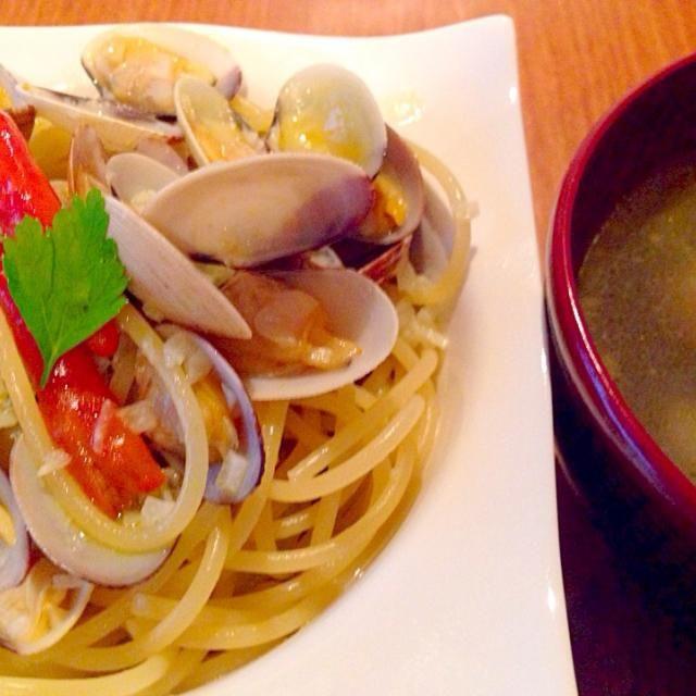 アサリのスープ付き アサリ尽くしです。 - 19件のもぐもぐ - アサリたっぷりボンゴレ風パスタ by yumikohoriOQ2