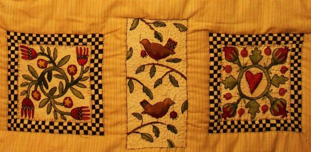Soo's Creaxions: Quilted Wall hanging