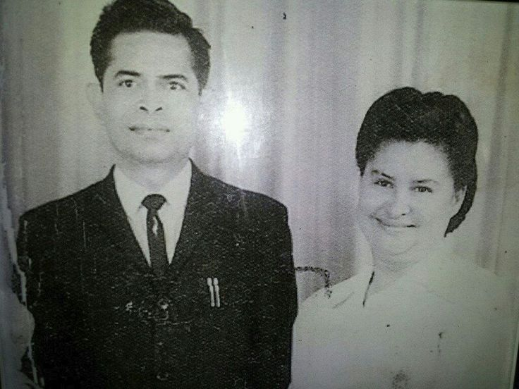 #throwbackthursday #tbt of my grandfather (RIP) and my grandmother (going on 90 this April). Love them so much!! #f4f #followforfollow #followme #l4l #likeforlike #grandparents #grandma #grandpa