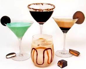 Dutch Chocolate Vodka Drinks: Chocolates Liqueurs, Vodka Drinks Desserts, Halloween Cocktails, Halloween Drinks, Chocolates Syrup, Drinks Recipes, Chocolates Vodka, Vodka Drinksdessert, Chocolate Liqueur