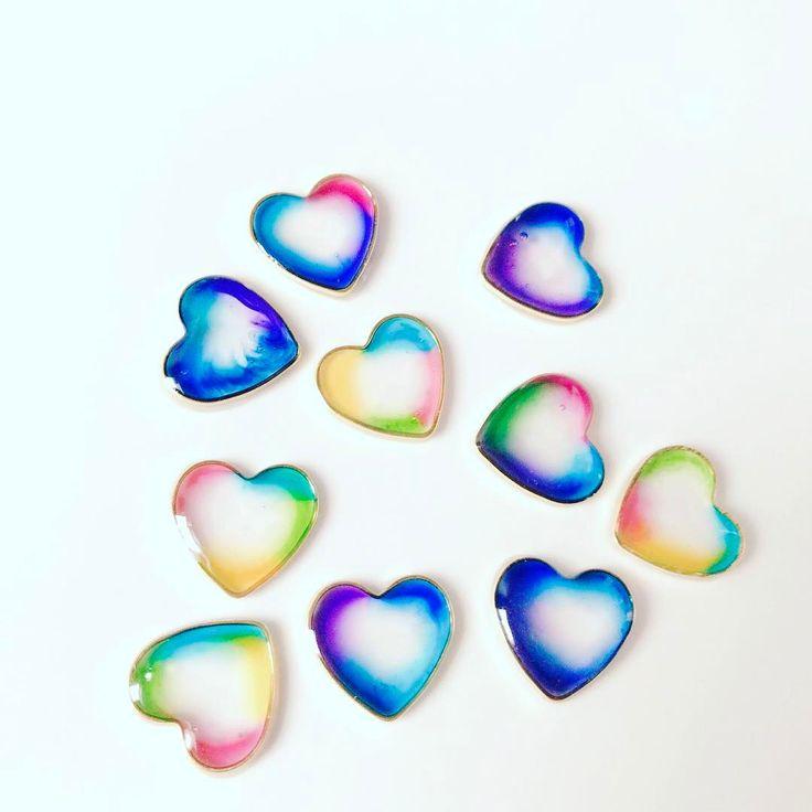 キラキラしゃぼん玉レジンの作り方♪見たらきっと作りたくなる! | Handful