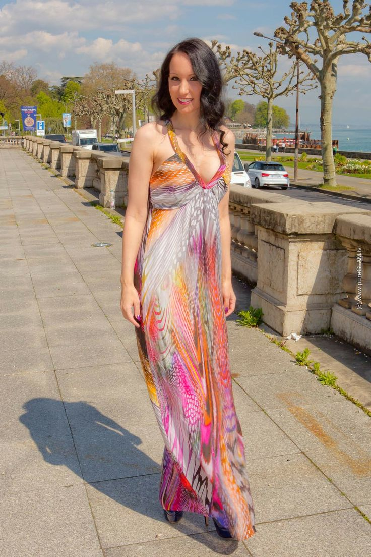 Long summer dress in Switzerland - Langes Sommerkleid mit Plateaupumps ...