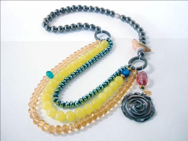 Bead necklace by Riddhika Jesrani at WHITE