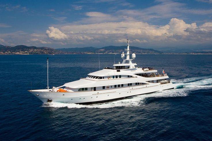 Classic steel hull mega yacht. m/y INSIGNIA | Valef Yachts #megayachts #classicyachts #luxuryyachting