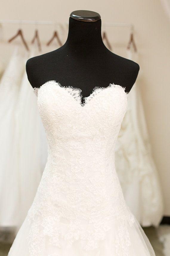 Chantilly Lace, Sweet Heart Neckline Wedding Dress  SAMPLE SALE  Lace Wedding Dress Mermaid by TheLittleWhiteDress
