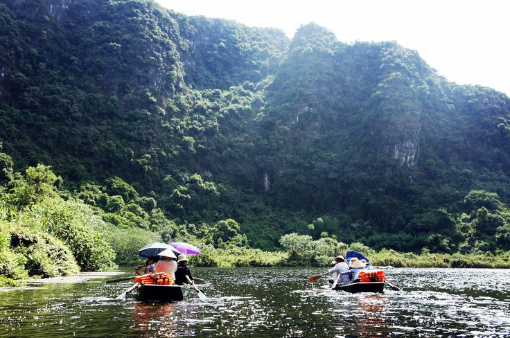 The team was on boat in Trang An, the eco tourist attraction located in the East of Ninh Binh