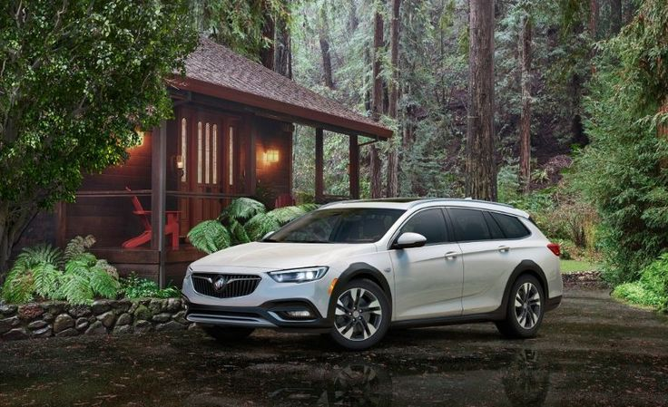 2018 Buick Regal TourX - Slide 28