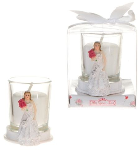 Sweet 15 Lady Holding Bouquet Poly Resin Candle Set - White Case Pack 48