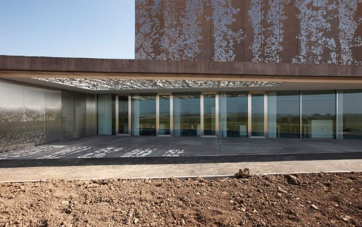 Sparkling EDF National Archive Building Boasts a Beautiful Hig...