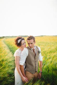 The Lou's - Un mariage rustique et champetre dans la campagne anglaise - La mariee aux pieds nus