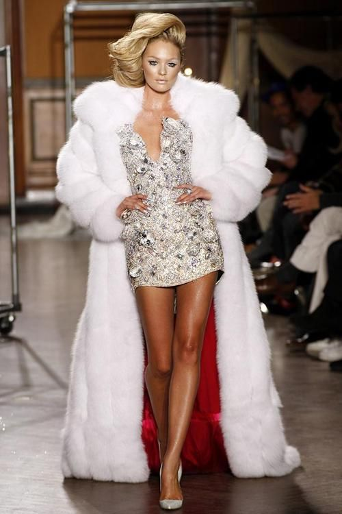 1000  images about ¯`•.¸¸.ஐFashion-Furs on Pinterest | Coats