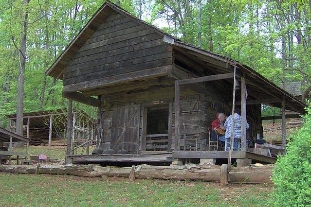 17 best images about appalachia on pinterest 4 bedroom for Appalachian mountain cabins