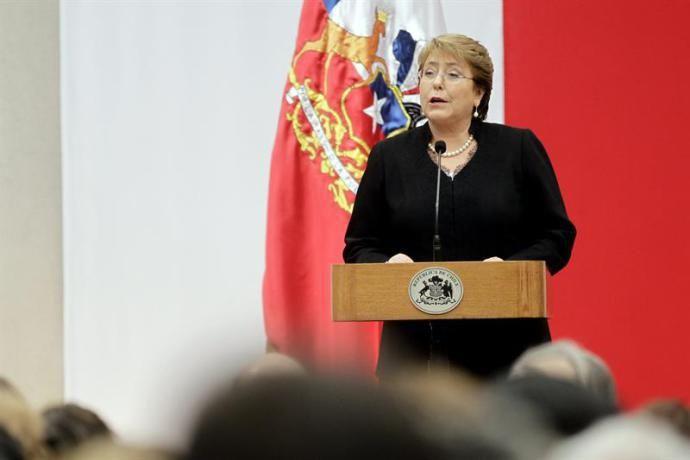 Hijo y nuera Bachelet son llamados a declarar en caso de corrupción | Mundo | Noticias | VEJA.com