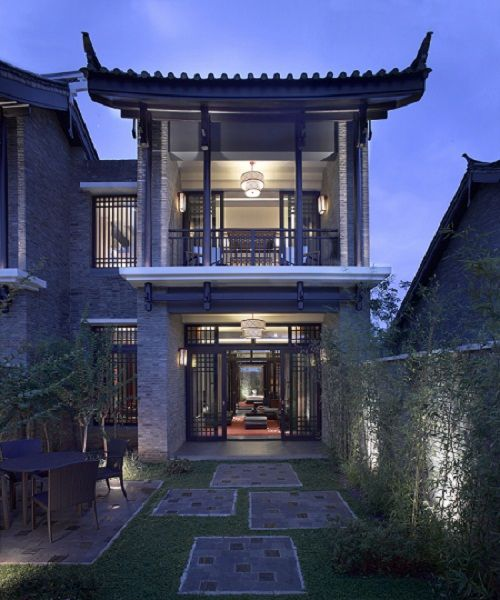 The spa suites at Banyan Tree Liajing are two-story residences inspired by traditional Chinese courtyard style.