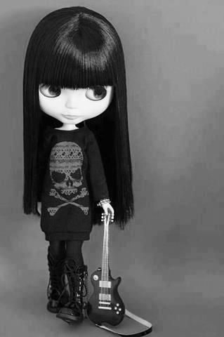 Nikki Blythe doll - she looks like I did when I was 19. Lovin' Guns N'Roses and all that other Heavy metal! She's fabulous!
