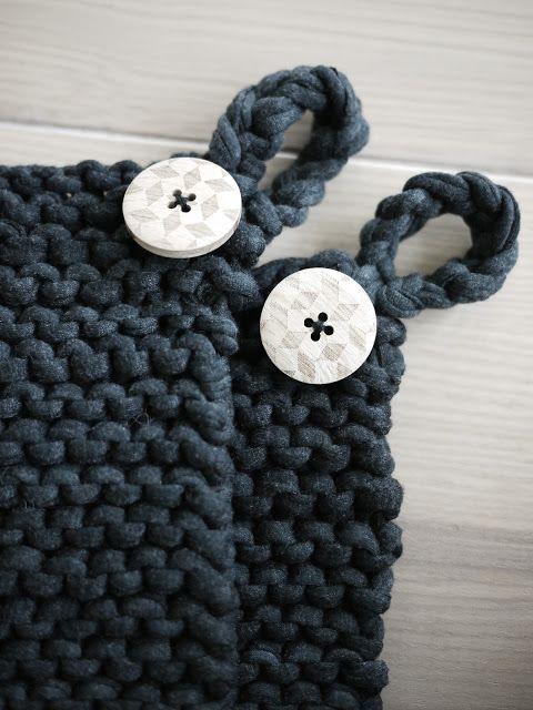 Englemor: DIY: Chunky knit potholders