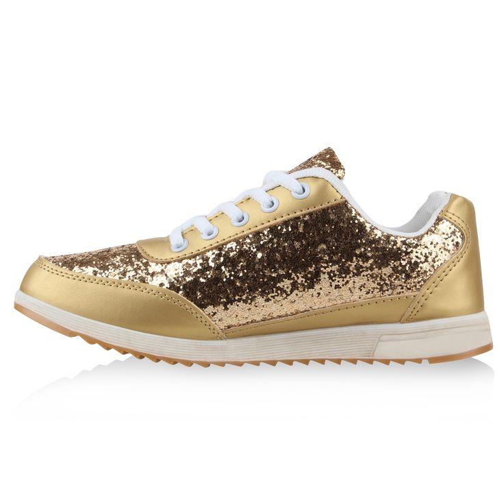 Glamouröse Sneakers Sportschuhe können nur sportlich aussehen? Nein! Es geht auch anders – und dieses günstige Sneaker Modell zeigt uns wie: Elemente wie Profilsohle, Form und Schnürung erinnern an einen klassischen Sneaker, jedoch erhält ...