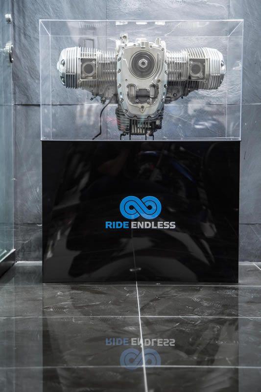 Motor Boxer BMW, el corazón de nuestras motocicletas. Visita nuestro taller y su galería fotográfica.  #BMW #MotorBoxer #RideEndless