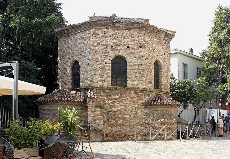 Arian Baptistry - Ravenna 2016 (3).jpg