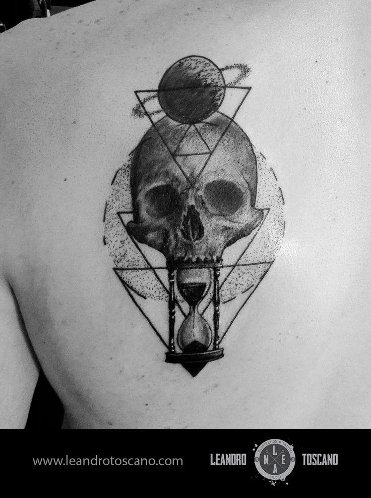 Tattoo skull geometric lines