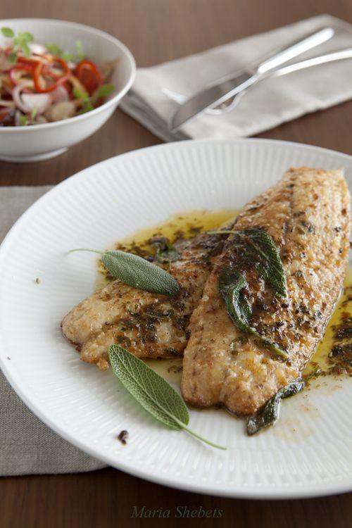 Жареная рыба с шалфеем