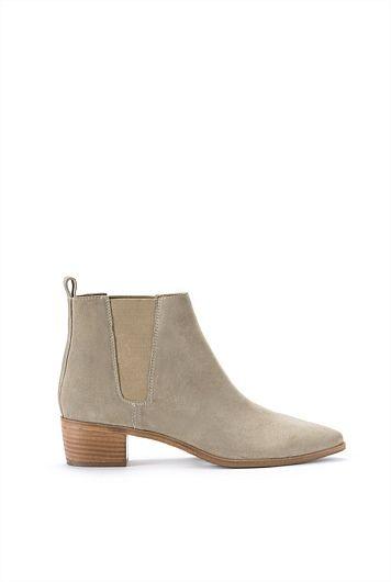 Monica Chelsea Boot