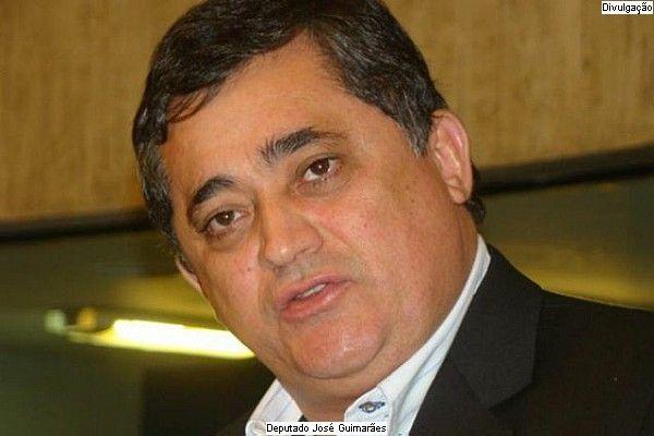 Justiça livra José Guimarães de investigação dos dólares na cueca