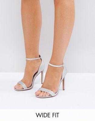 2fe1440bb3c6 HANG TIME – Filigrane Sandalen in weiter Passform mit hohem Absatz   Schuhe    Pinterest   Sandalen, Absätze und Schuhe