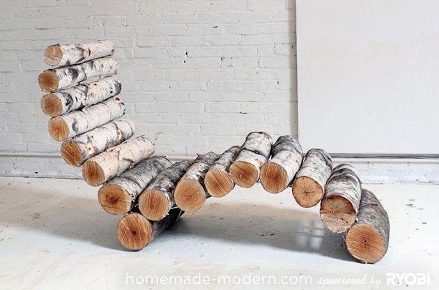 DIY: Eine hölzerne Liege aus Baumklötzen