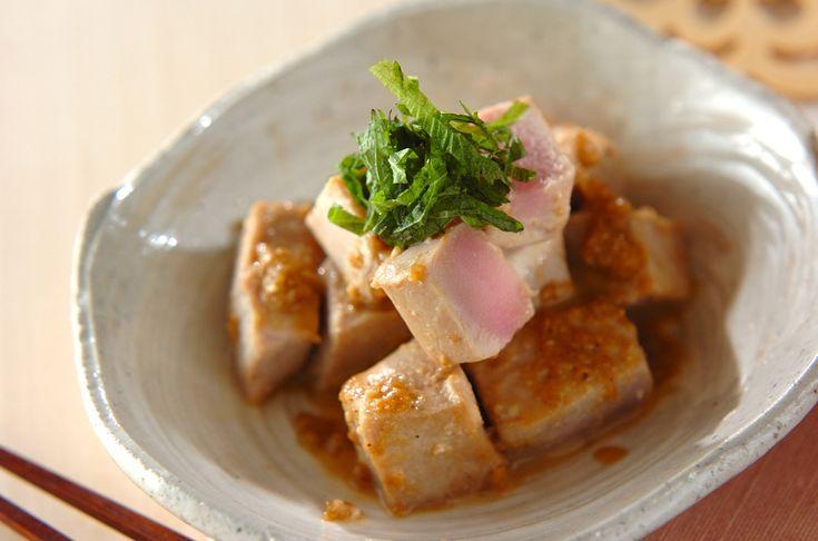 焼きマグロのゴマ和えのレシピ・作り方 - 簡単プロの料理レシピ | E・レシピ