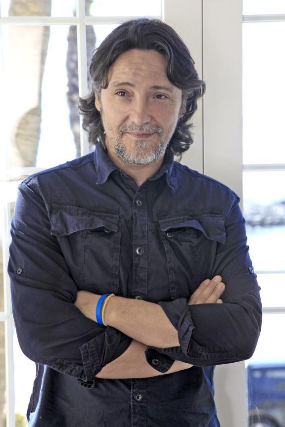 Felix Rojas, director de Blue 01 Stylist. Conócelo un poco mejor en nuestro blog. http://ow.ly/RYjIt #estilistas