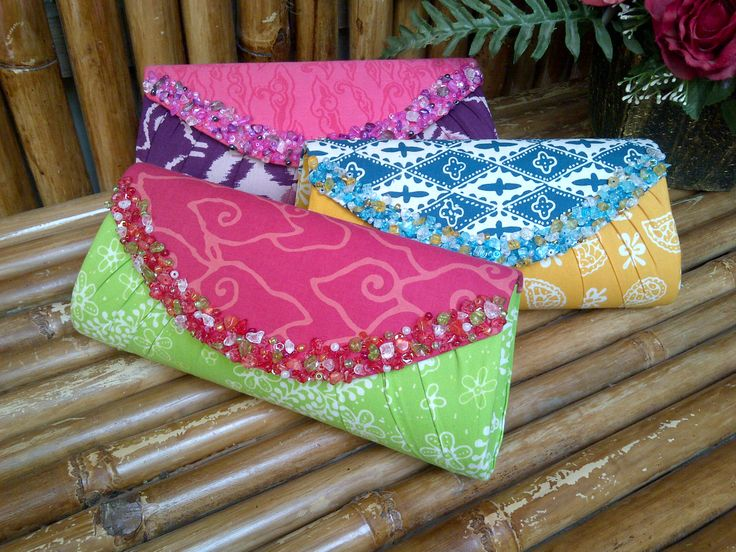 Simple beaded batik clutch bags, Made for Ms. Adelaide - Bangkok