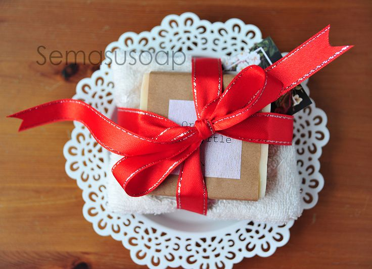 Naturel soaps for new year. Chiristmas gifts. photo by www.gizemsisman.com
